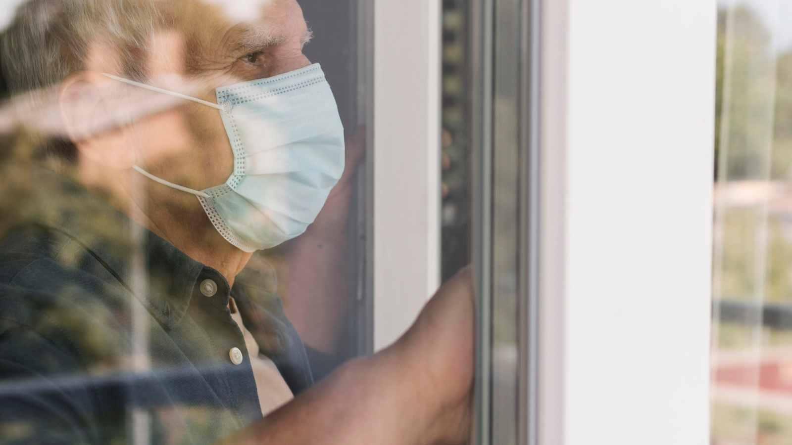 "<h5>OUR REPORTS</h5><h4>PPE SHORTAGES</h4><p>Seven months into the pandemic, 20 percent of homes lacked enough supplies</p><p><a href=""/feature/usp/nursing-home-safety-during-covid-ppe-shortages"" style='text-decoration:underline!important;'>Learn more</a></p>"